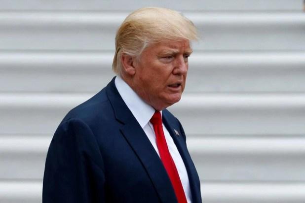 Ông Trump siết chặt nhập cảnh sau vụ tấn công New York - Ảnh 1.