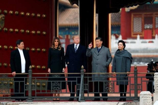 Giới chuyên gia chê bai chuyến công du châu Á của ông Trump - Ảnh 3.