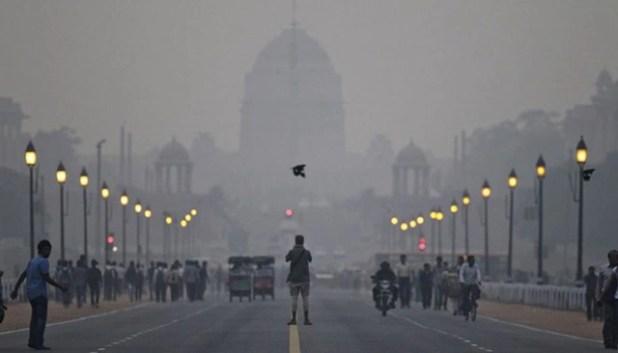 Mật độ các hạt bụi tại New Delhi cao gấp 10 lần cho phép - Ảnh 1.
