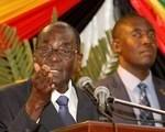 Tổng thống Zimbabwe đọc lộn bài phát biểu cũ