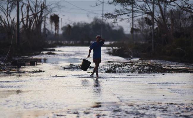 Philippines Thousands Evacuated Ahead Of Huge Typhoon