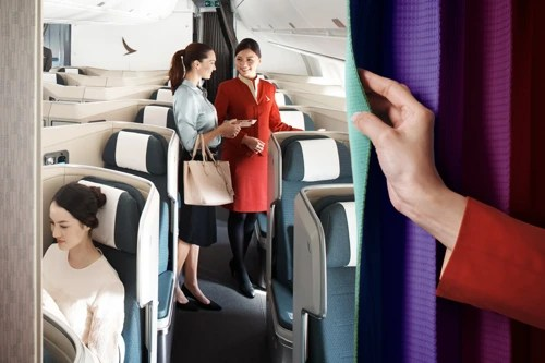 Cathay Pacific's first A350 arrives in Hong Kong - Cathay Pacific
