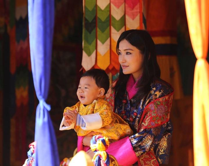 不丹小王子1歲了 萌度直追喬治小王子   國際   聯合影音