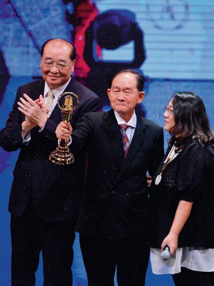 永別了「聲音巨人」!李季準辭世享年74歲 | 娛樂 | 聯合影音