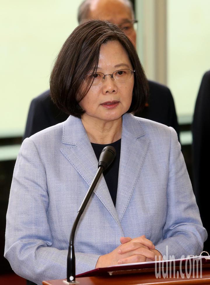 影/蔡英文總統率團啟程展開「同慶之旅」   時事   聯合影音