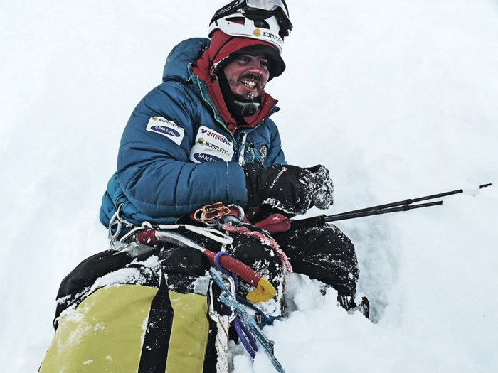 Andy Kirkpatrick in his element in Antarctica, 152 kb