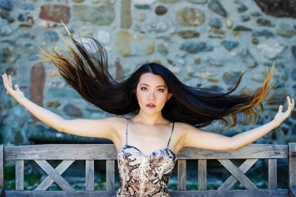 Portrait of Mélodie Zhao – The classical virtuoso needs to unfold electronics