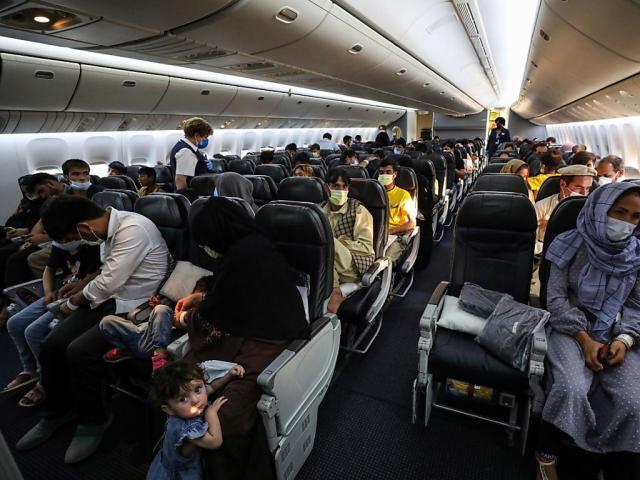 Amerykański producent samolotów Boeing wprowadza obowiązkowe szczepienia dla wszystkich 125 000 pracowników w USA na rozkaz amerykańskiego prezydenta Joe Bidena.  (Archiwum obrazu)