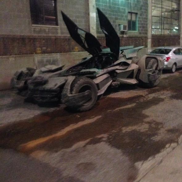 batmobile1 590x590 BATMAN V SUPERMAN: DAWN OF JUSTICE Batmobile Revealed