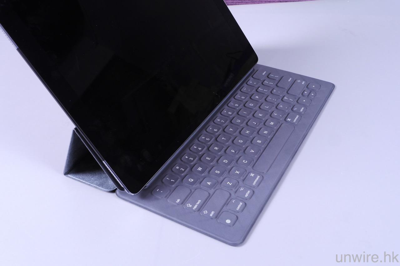 iPad Pro 專用鍵盤 Smart Keyboard 評測
