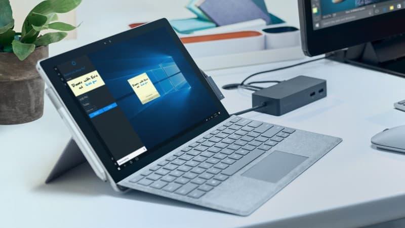 Microsoft 向受螢幕閃爍問題影響的 Surface Pro 4 機主免費更換螢幕 - 香港 unwire.hk