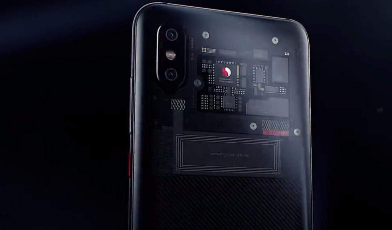 小米 8 透明探索版證實造假 「電路板」僅裝飾用途 - 香港 unwire.hk