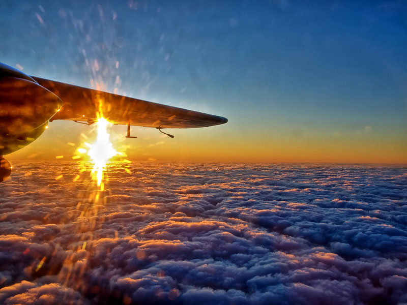 sunset-from-an-airplane-window