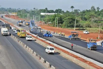 Lagos-Ibadan Expressway: FG warns motorists as reconstruction works progress