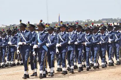 NAF rewards personnel for returning lost 37,000 Euros with