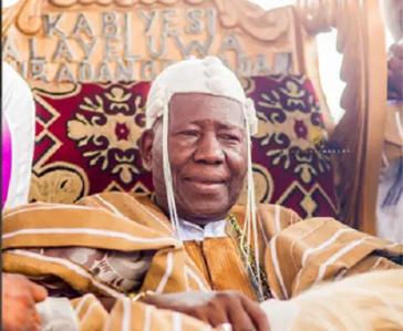 New kings dare Olubadan, wear crowns