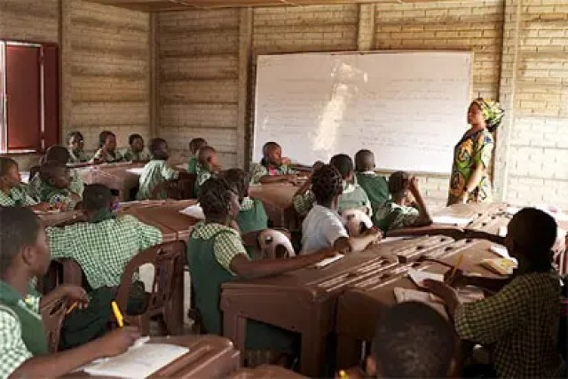 Large turnout as Oyo pupils write placement, JSS3 exams for free