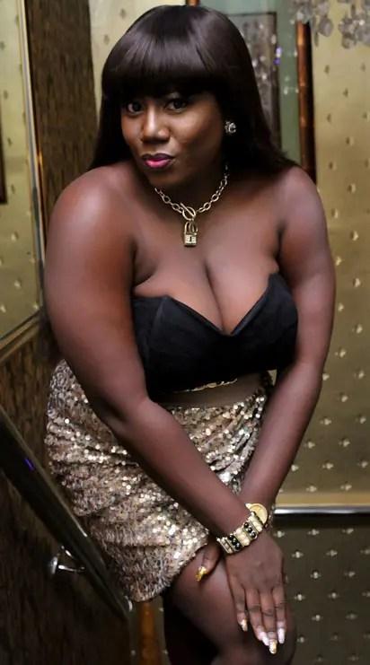 zwart Ebony boobs Khmer porno