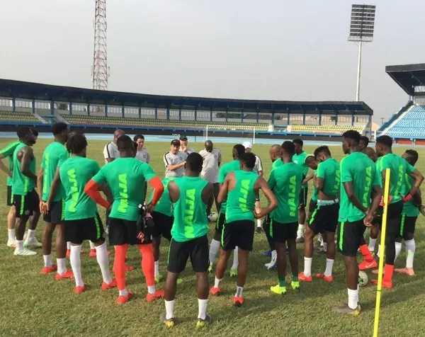Super Eagles in Alexandria, receive warm welcome