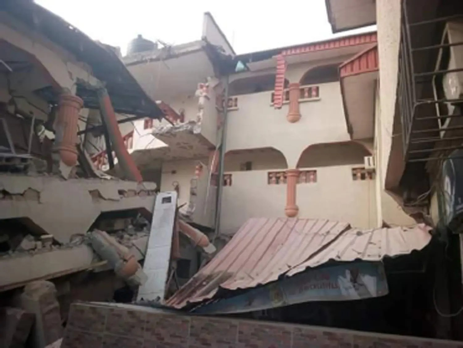 How many escaped death by whiskers as popular hotel collapsed in Abakaliki - Vanguard