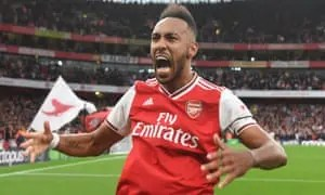 Aubameyang late strike earns 3-2 win for Arsenal over Aston Villa