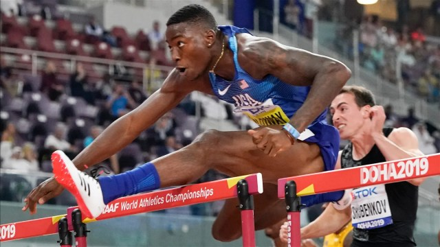 Rookie Holloway, Asher-Smith shine in IAAF Doha Finals