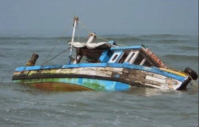 Vanguard Journalist, 22 others escape death as boat capsizes in Lagos