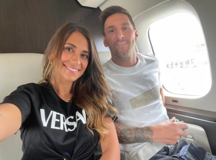 Messi enroute Paris, as two year deal finally sealed with PSG
