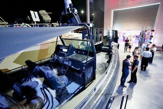 Скоростная штурмовая лодка БК-10, разработанная на Рыбинской верфи концерна «Калашников»