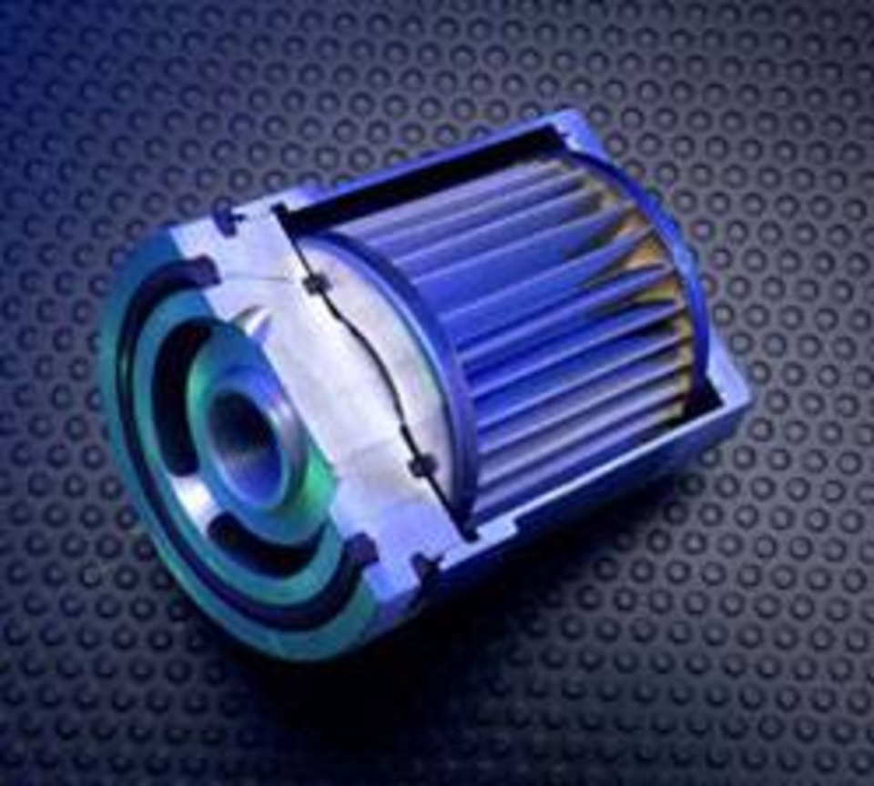 medium resolution of clean air fleet offers a line of cleanable reusable oil and fuel filters these filters provide a direct spin on replacement for more than 35 000 oem oil