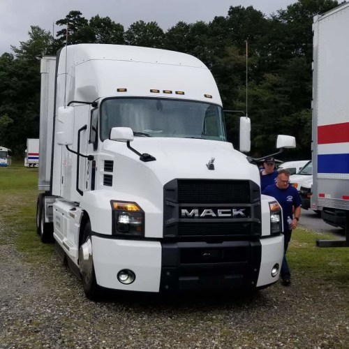 small resolution of the white trucks represented mack s most efficient powertrain with the mack mp8he 415se engine producing 415 hp and 1760 lb ft of torque show caption
