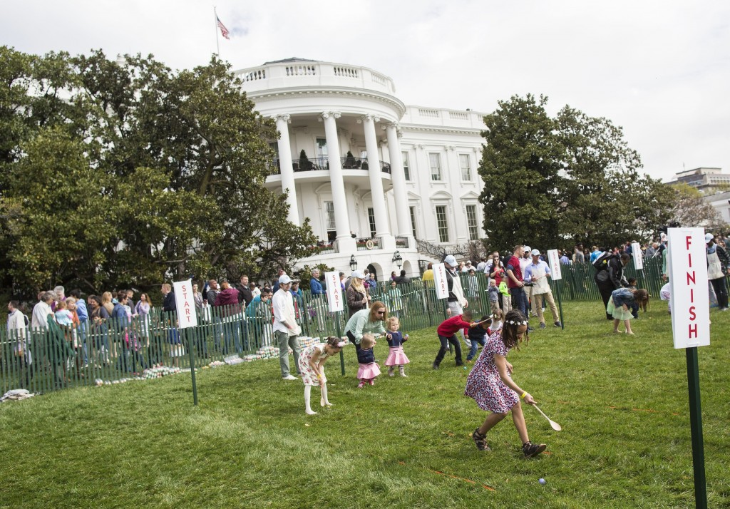 UNITED STATES - MARCH 28 - Young attendees roll easter eggs during the White House Easter Egg Roll, on the South Lawn of the White House, in Washington, Monday, March 28, 2016. The first White House Easter Egg Roll was held in 1878 under President Rutherford B. Hayes. (Photo By Al Drago/CQ Roll Call)