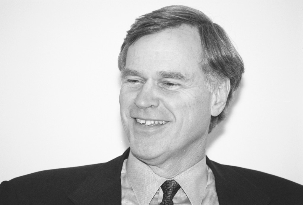 Crenshaw shortly after being elected in 2000. (CQ Roll Call File Photo)