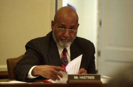 Hastings says Congress needs a raise. (CQ Roll Call File Photo)