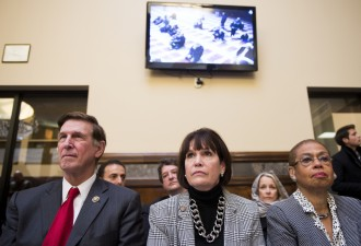 From left, Beyer, McCollum and Norton listen to the Friday prayers. (Bill Clark/CQ Roll Call)