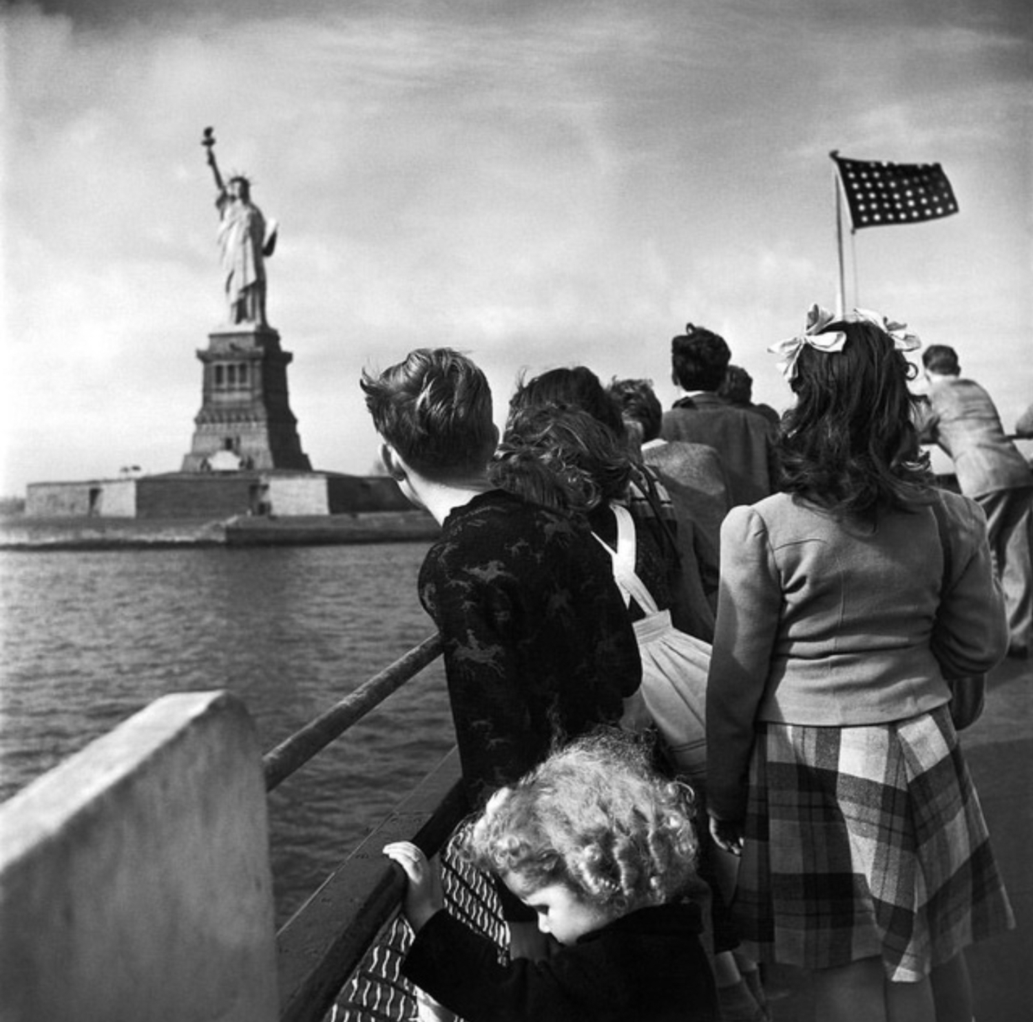 Vintage Photograph Shows Wwii Refugee Children Viewing