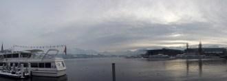 琉森湖旁遠眺阿爾卑斯山