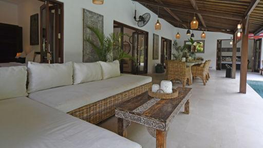 Villa High Tide In Canggu Bali 3 Bedrooms Best Price