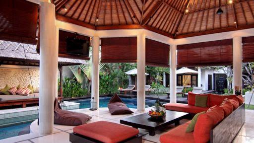 Villa Sesari Di Seminyak Bali 4 Kamar Tidur