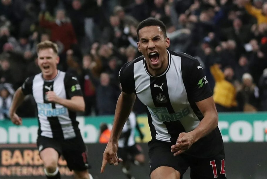 Newcastle United's Isaac Hayden celebrates scoring their first goal v Chelsea