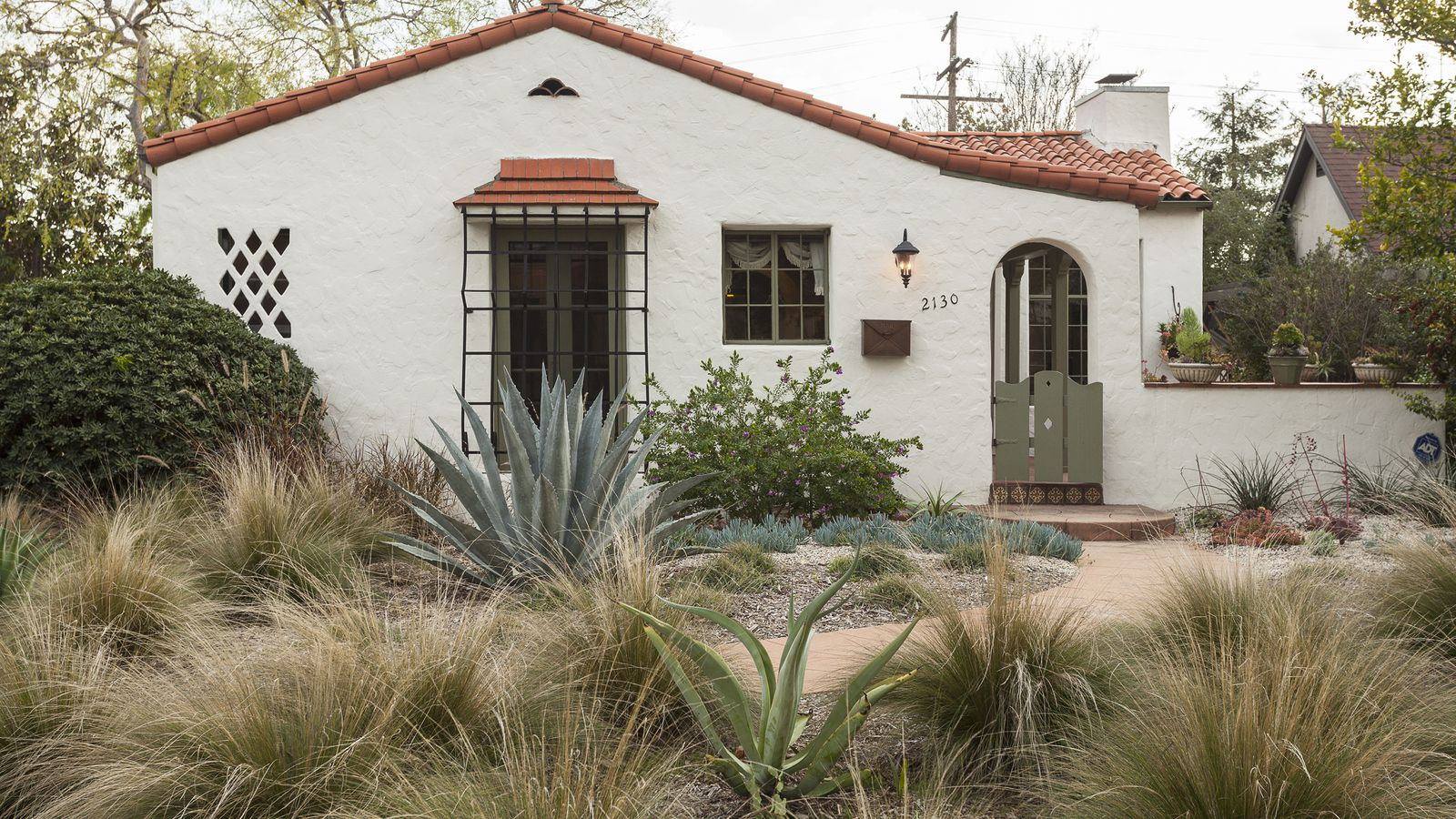 Bidding for adorable Spanishstyle in Pasadena will start at 749K  Curbed LA