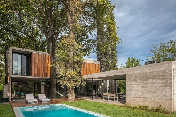 Wood and Concrete Modern House