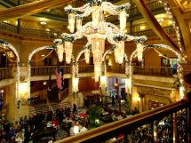 Festive Destinations Holiday Eating And Drinking