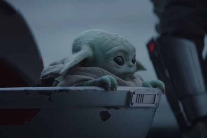 Screen_Shot_2020_09_15_at_10.15.44_AM.0 Baby Yoda is back in The Mandalorian season 2 trailer | The Verge