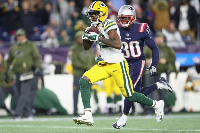Green Bay Packers against New England Patriots