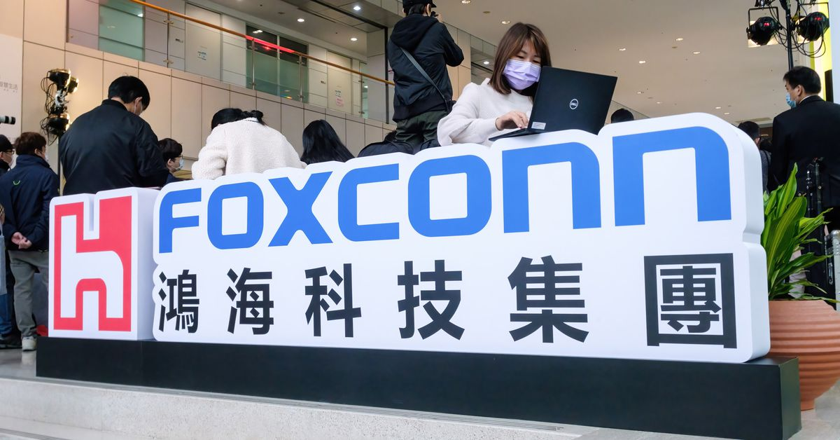 Apple supplier Foxconn warns that component shortages will last until 2022