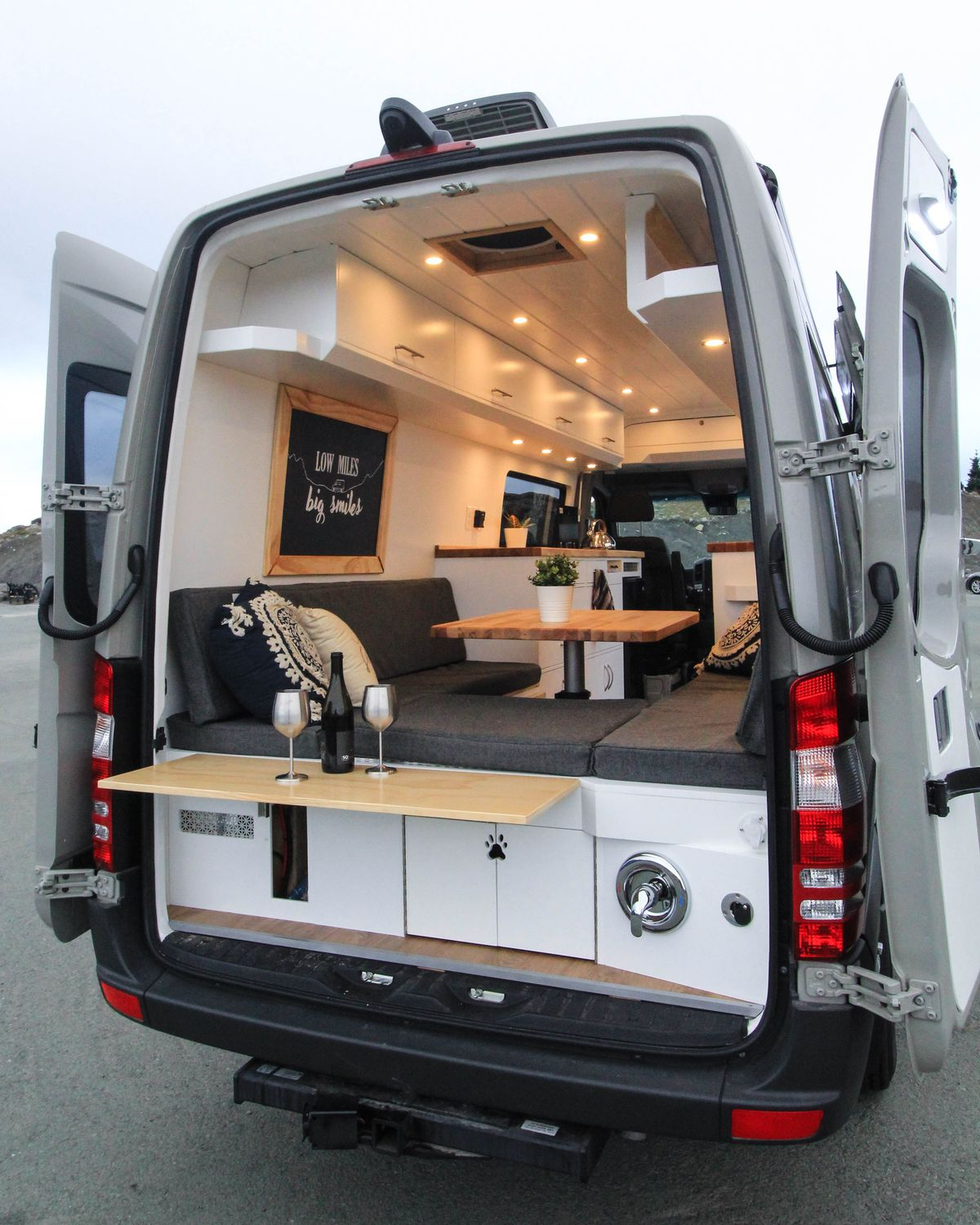 Converted Camper Van Is A Cozy Home On Wheels Curbed