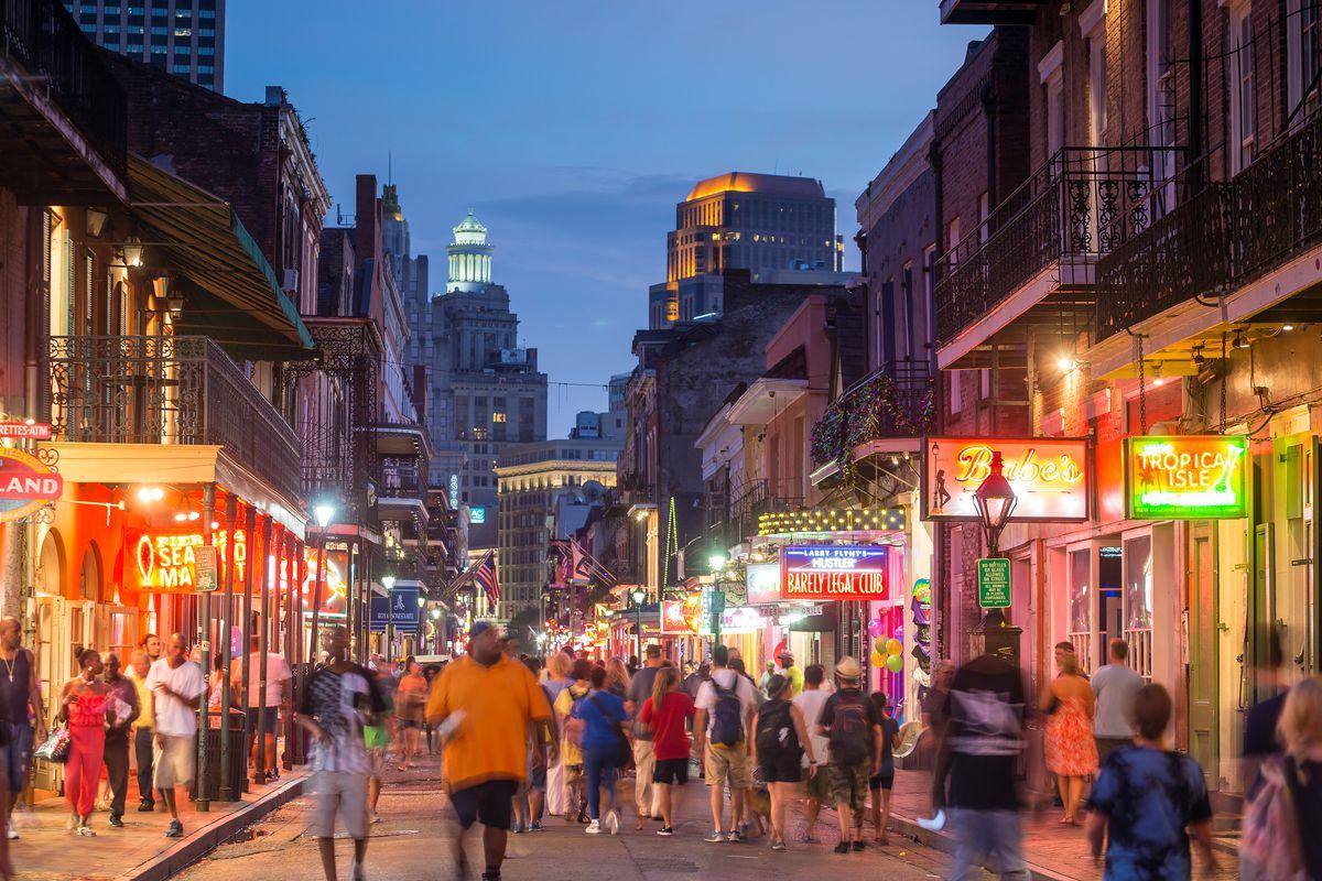 Bourbon Street's Reconstruction Halts; It Will Resume