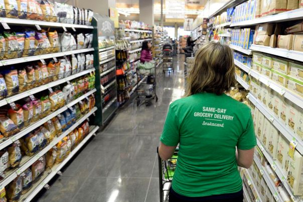 People are baiting Instacart workers with huge tips then slashing ...