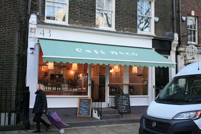 Anna Tobias and 40 Maltby Street in Bloomsbury's Deco Café is open for take-out during coronavirus lockdown